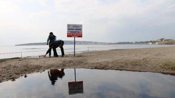 Kızıla boyanan bölgede denize yaklaşmak bile yasaklandı