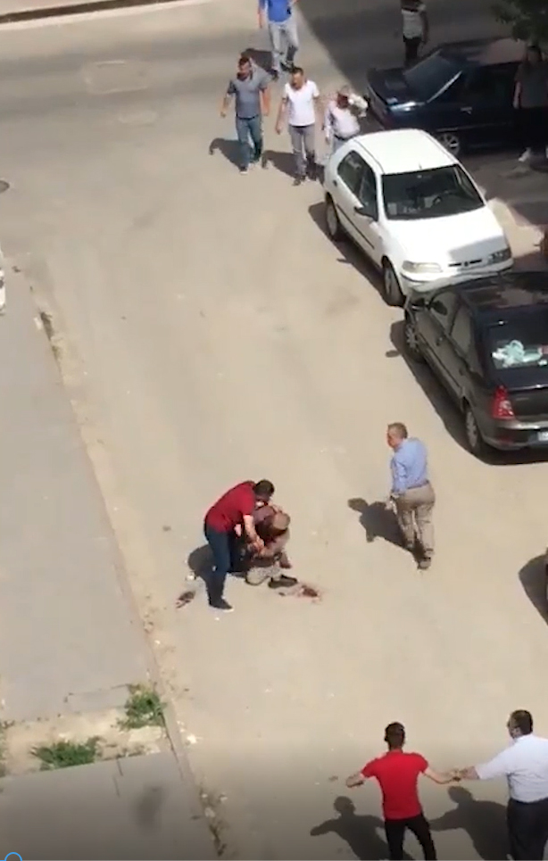 Bıçaklıyarak Öldürdüler Amatör Kamera Kaydetti.!