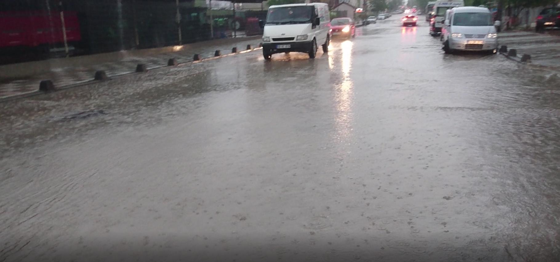 Büyük Şehir İlk Yağmurda Sınıfta Kaldı!