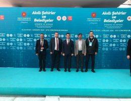 Başkan Çetin, 'Akıllı Şehirler ve Belediyeler Kongre ve Sergisi'ne Katıldı