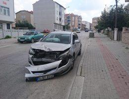 Aynı Kavşakta Yine Kaza 2 Yaralı!