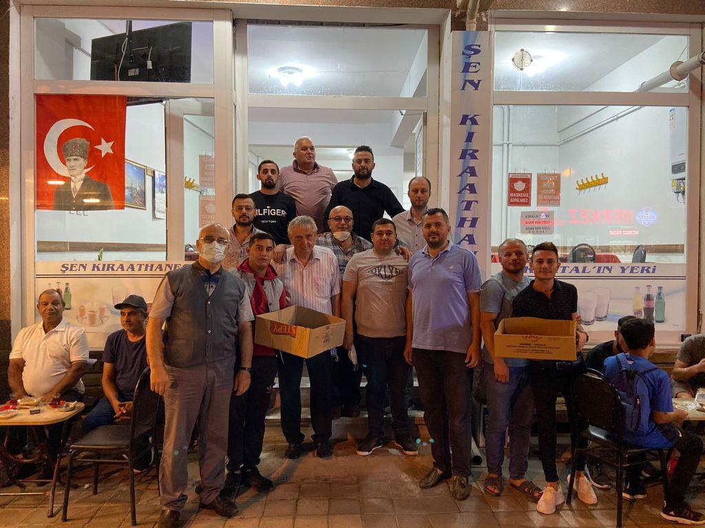CHP Saray Gençlik Kolları Aşure Dağıttı