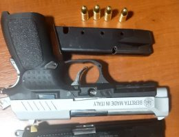 9 Ruhsatsız Silah Ele Geçirildi