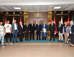Yılın Ahisi Ahmet Dinç Seçildi